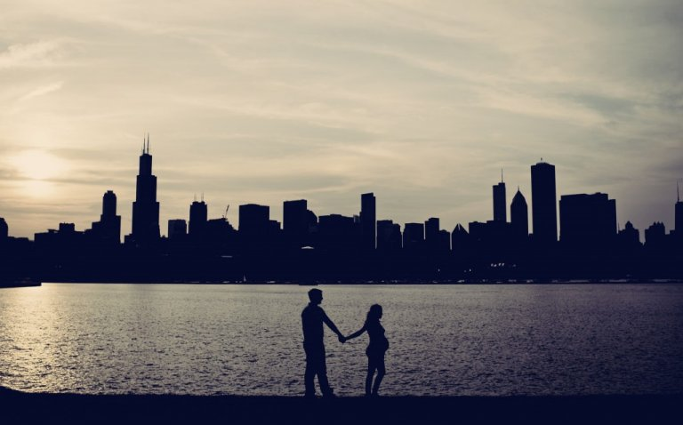 Chicago Pregnancy Shoot: Photography by Kristi Klemens