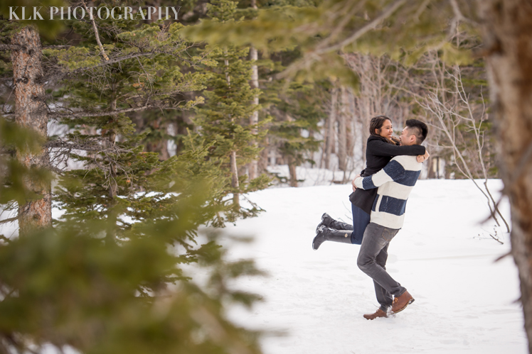 33_KLK Photography_Winter engagement_Colorado Wedding Photographer